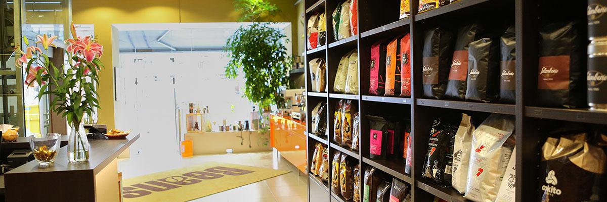 Italienischer Kaffee für Espressomaschinen und Vollautomaten Beans Wien | Online Shop und Geschäft