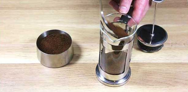 Brewing guide - French Press - fill coffee